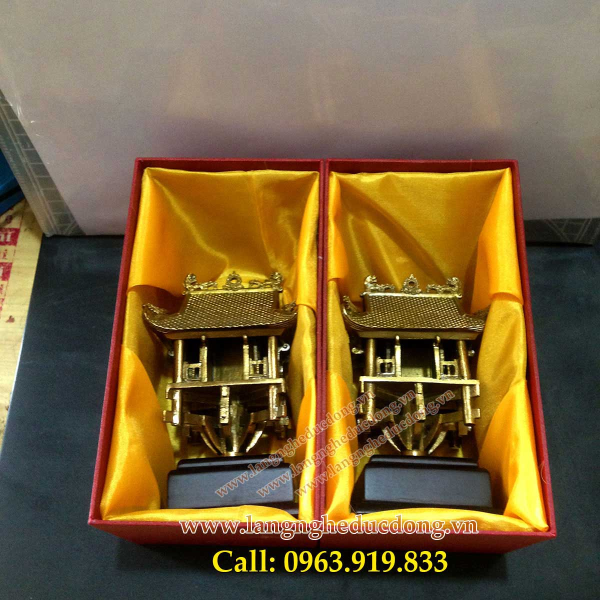 langngheducdong.vn - Biểu tượng chùa 1 cột bằng đồng, quà tặng chùa 1 cột cao 13cm