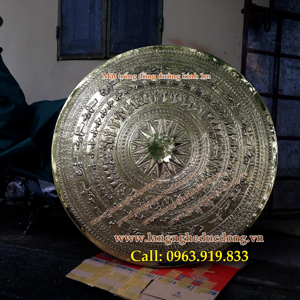 langngheducdong.vn - Trống đồng Đông Sơn có giá gỗ, mặt trống D=100cm