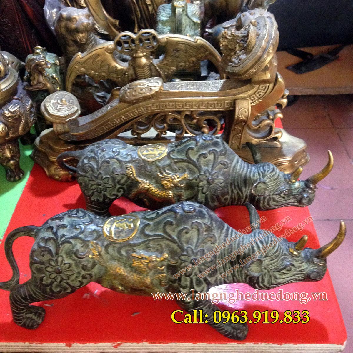 langngheducdong.vn - Tê giác đồng giả cổ, tượng tê giác bằng đồng dài 23cm