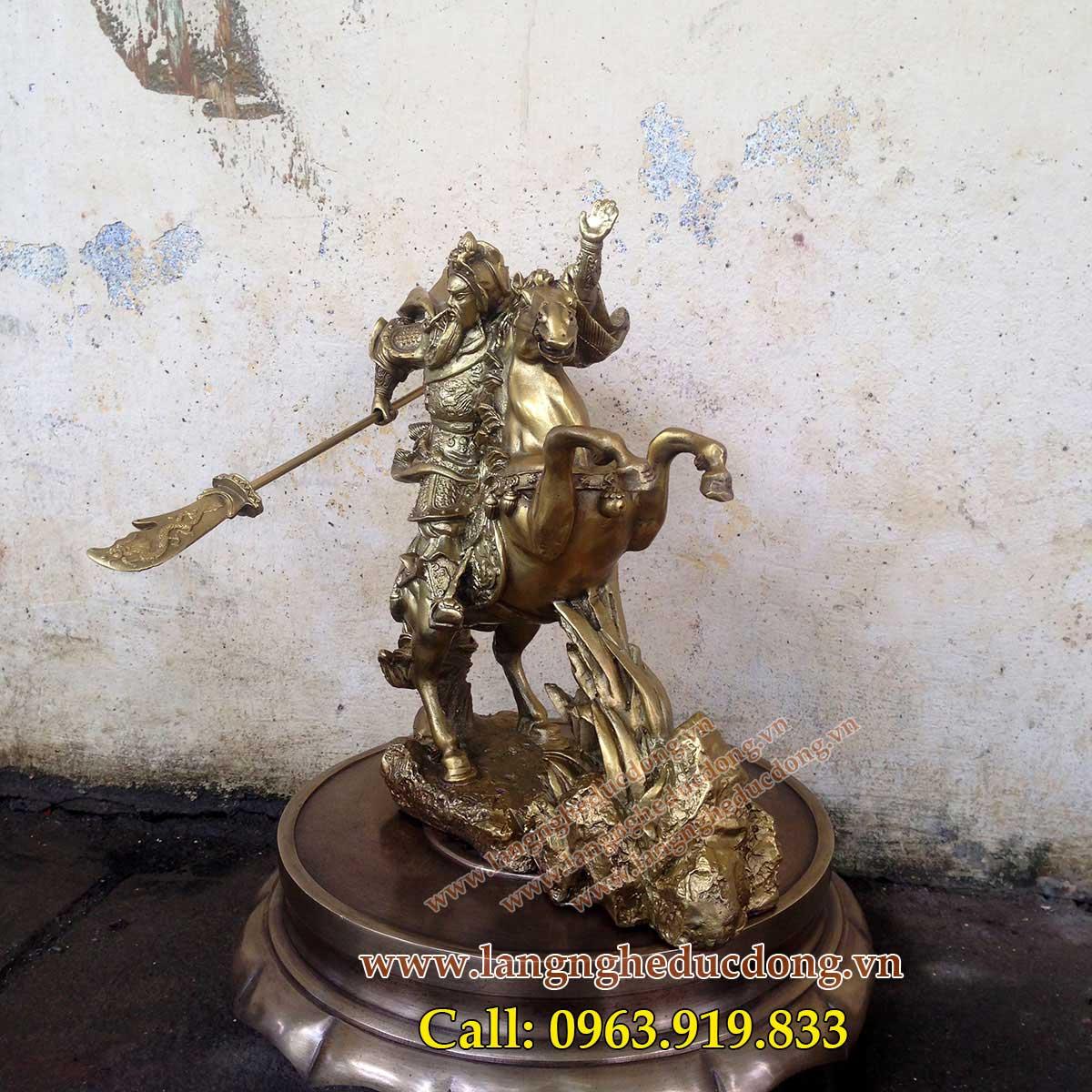 langngheducdong.vn - quan công cưỡi ngựa bằng đồng, mẫu tượng quan công cưỡi ngựa cao 25cm