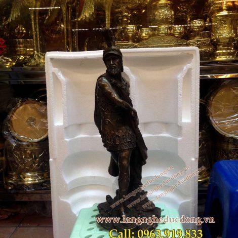 langngheducdong.vn - Tượng chiến binh, tượng trang trí, tượng đồng trang trí, giá tượng trang trí bằng đồng