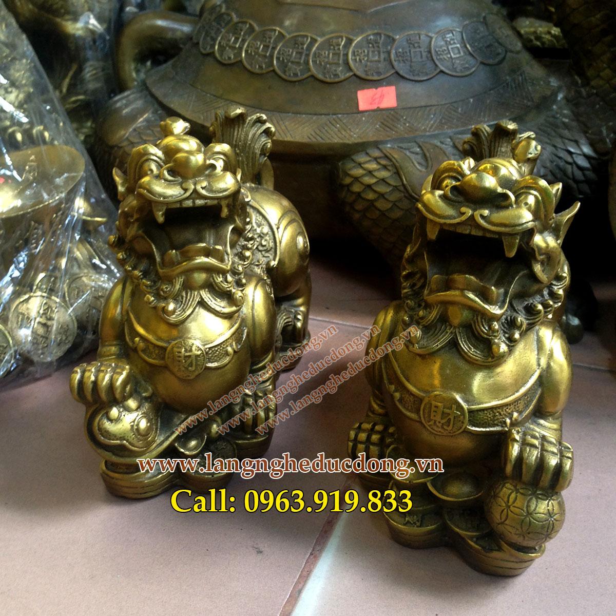 langngheducdong.vn - Tỳ hưu phong thủy bằng đồng, tỳ hưu béo nằm trên tiền