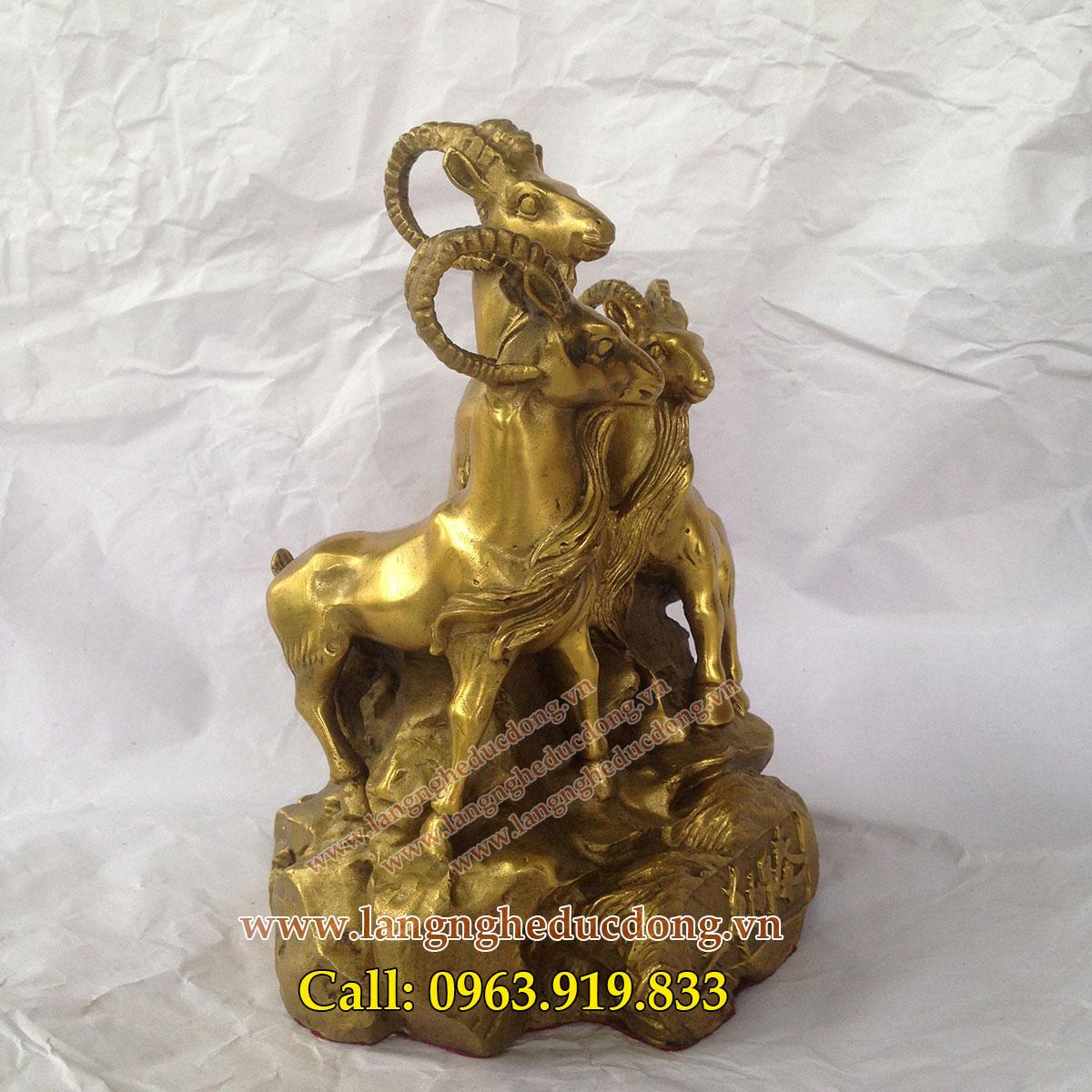 langngheducdong.vn - Tượng dê đồng cõng tiền cao 30cm, tượng dê đồng
