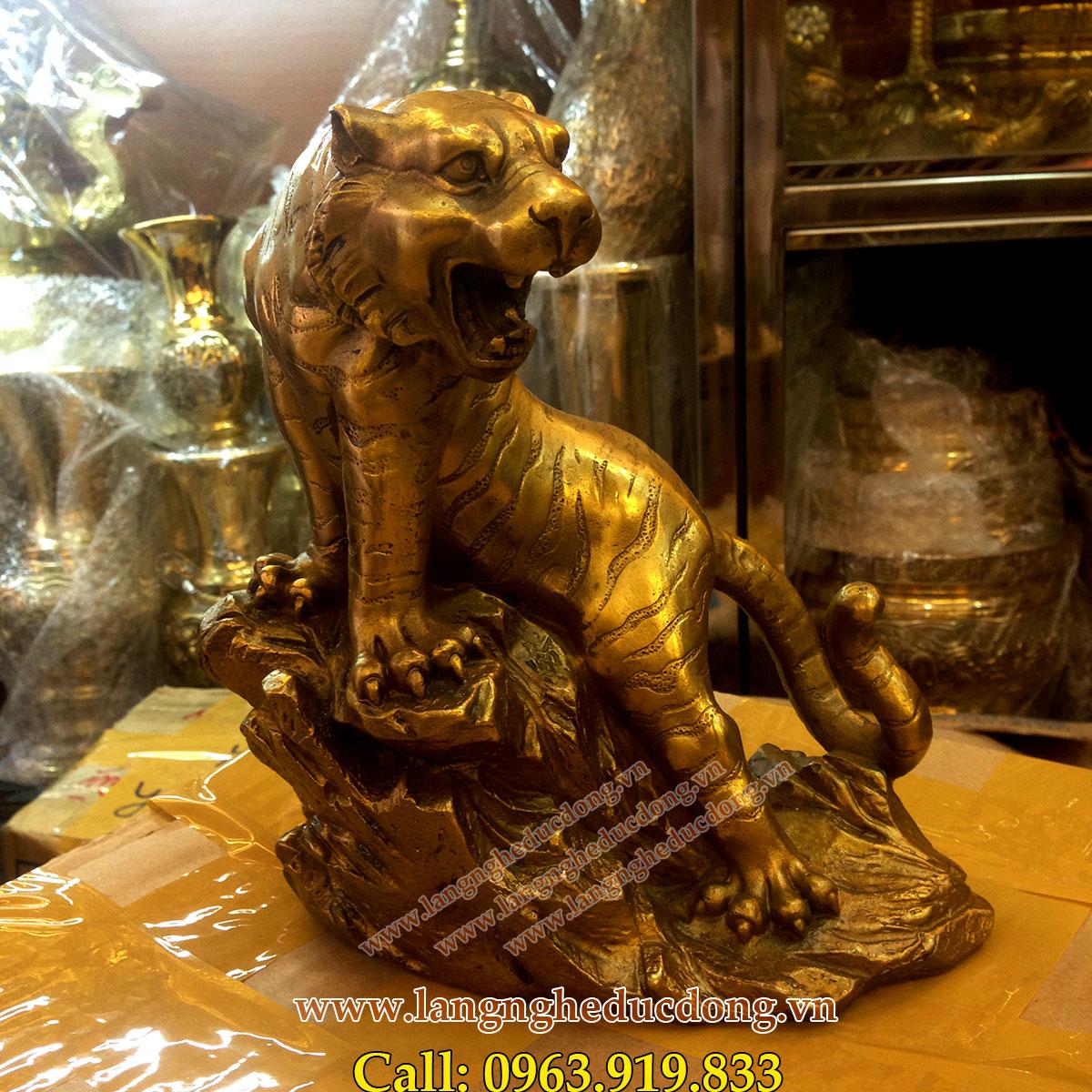 langngheducdong.vn - Tượng hổ đồng phong thủy cao 22cm, hổ bằng đồng