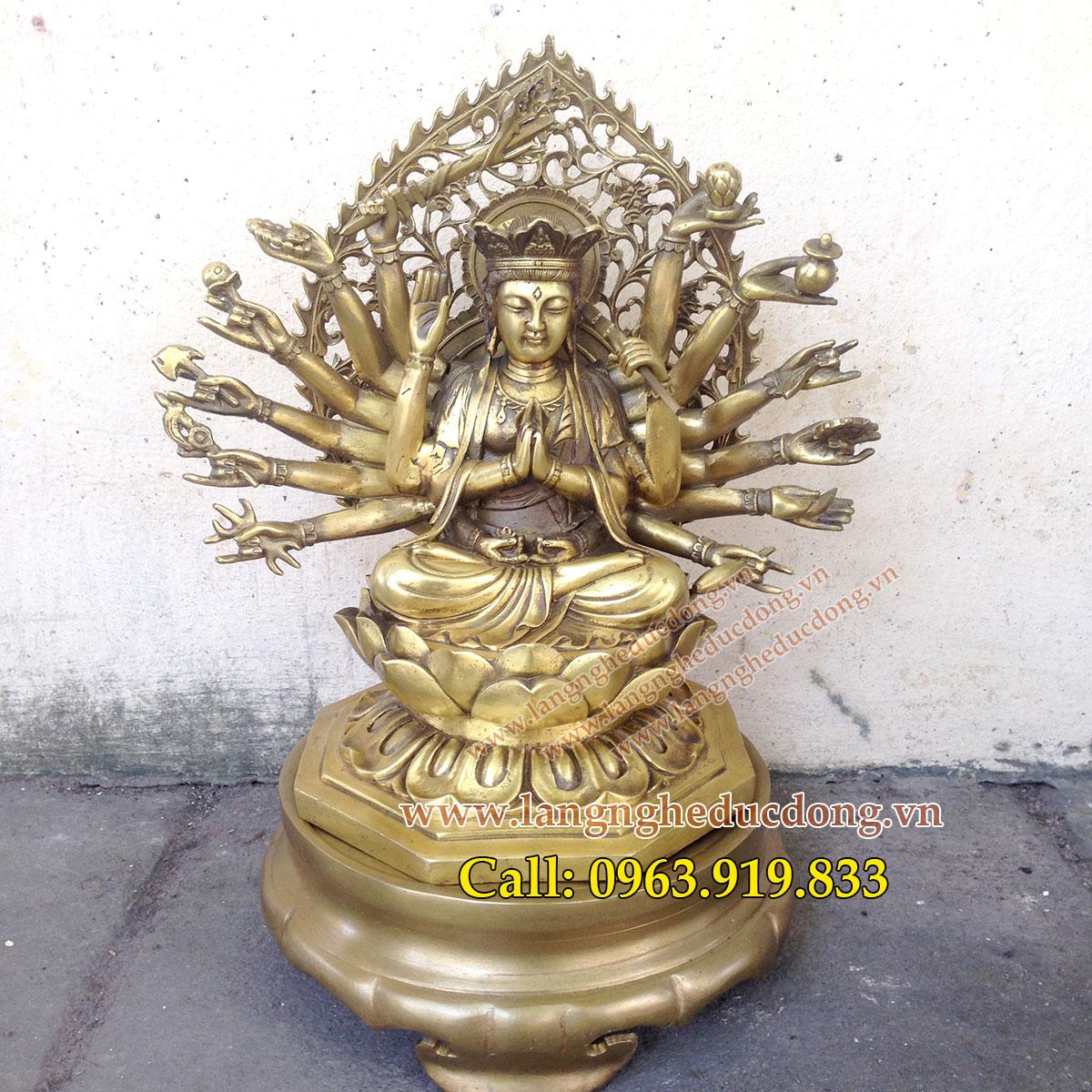 Tượng phật chuẩn đề bằng đồng vàng cao 25cm, tuong phat chuan de