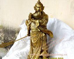 langngheducdong.vn - tượng quan công cầm đao, quan công bằng đồng vàng, quan công cao 50cm