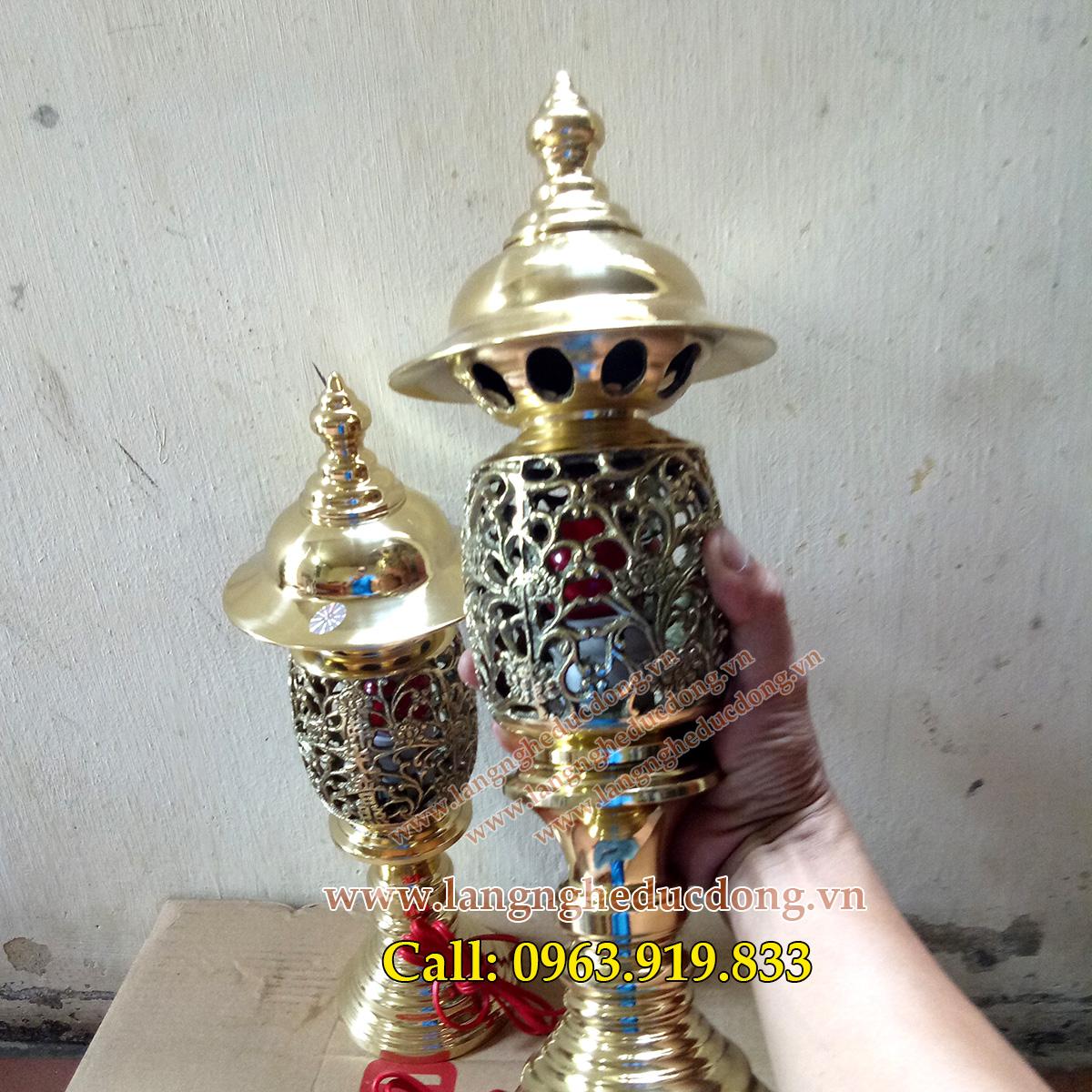 langngheducdong.vn - đèn thờ, đèn đồng, đèn bằng đồng vàng, đôi đèn vàng bóng